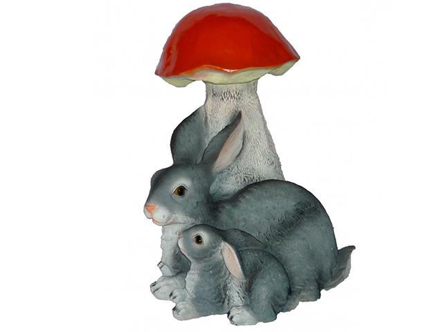 "Фигура из гипса ""Гриб с зайцами №1"""
